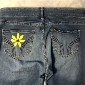 Hollister Jeans - 🌻hand painted sunflower jeans🌻